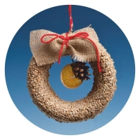 XW02 - Wreath with Sunflower kernels